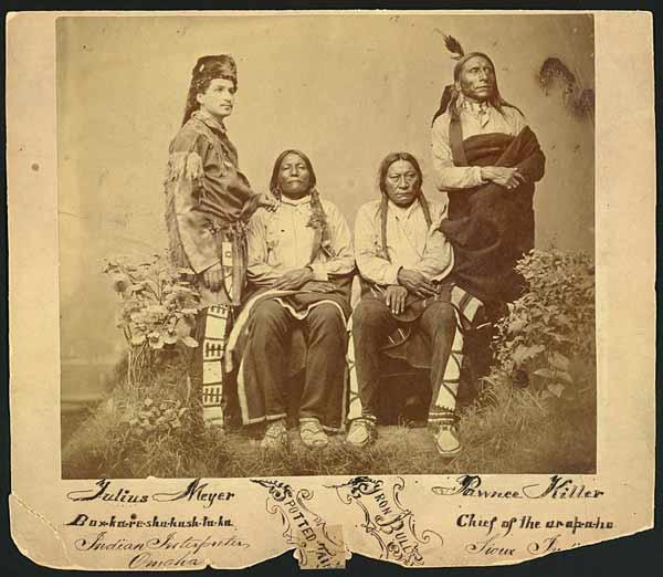 Индейцы и переводчик